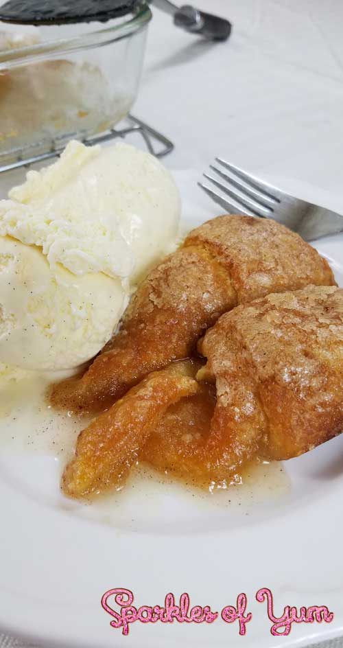 Apple dumplings that are super simple to make and will put that mmm mmm good smile on your face.