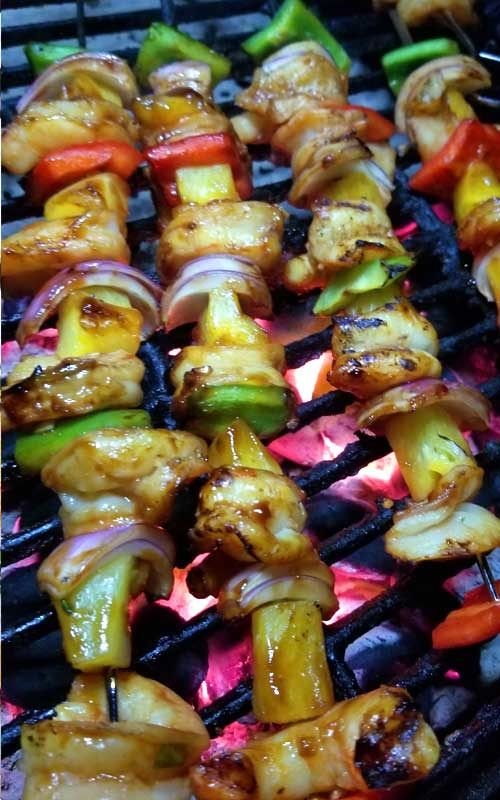 Marinated sweet and tangy Hawaiian Shrimp Kabobs infused with awesome tropical flavors. These make for a wonderfully delicious summer dining experience.