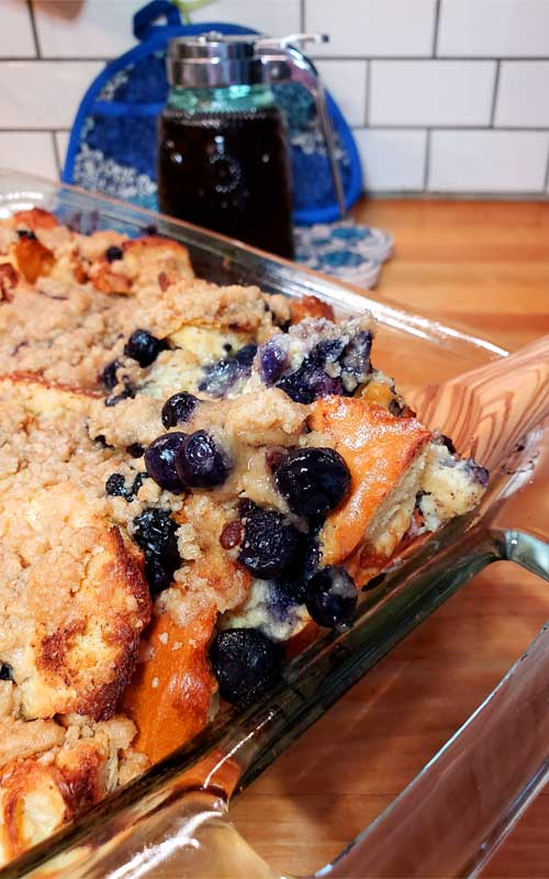 Perfect for a holiday morning or weekend brunch. ThisEasy Blueberry French Toast Casserole with Streusel Topping is a family favorite that is oh so easy to make.